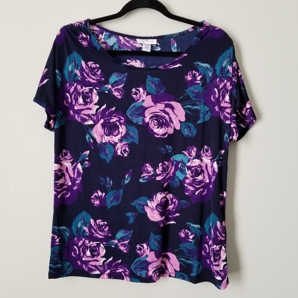 Jaclyn Smith Tops - Navy Blue Top with Purple Floral